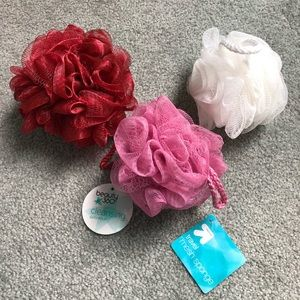 Set of 3 coloured loofahs